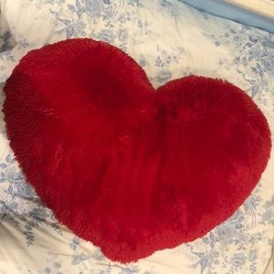 Giant Heart Fluffy Pillow